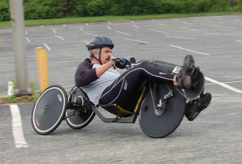 Трехколесные велосипеды разогнали по серпантину до 90 км/час